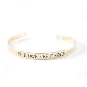 Bracelet citation doré Brave non porté