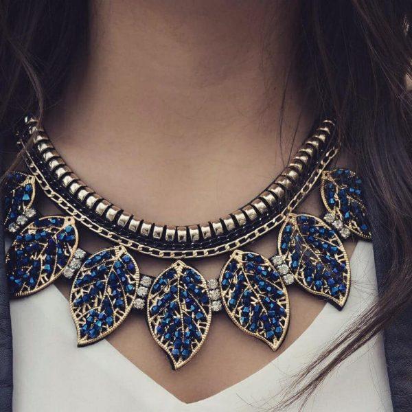 Les P'tits Coups de Coeur | Boutique Bijoux Femme Tendance 2017 | Collier Plastron Feuilles porté